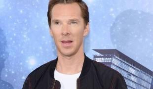 Benedict Cumberbatch fa arrabbiare la mamma per colpa di Sherlock