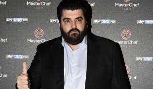 """Lo chef stellato Antonino Cannavacciuolo a """"C'è posta per te"""""""