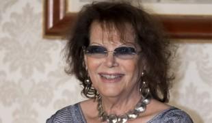 Tanti auguri a Claudia Cardinale: l'attrice spegne 80 candeline!