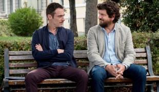 La recensione di Questione di karma con Fabio De Luigi ed Elio Germano