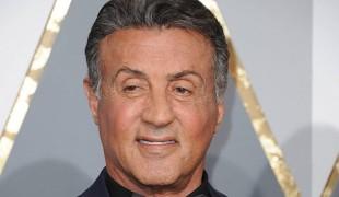 Sylvester Stallone accusato da una sedicenne: l'avrebbe costretta ad un rapporto. L'attore nega