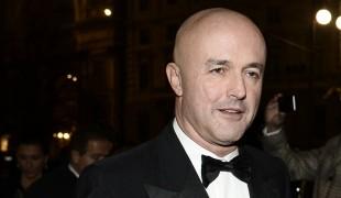 Gianluigi Nuzzi: il conduttore televisivo che si sente incompleto quando non passa il suo tempo a scrivere...