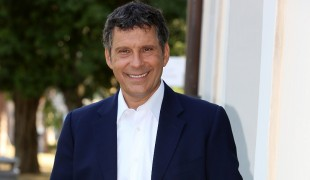 Fabrizio Frizzi, la programmazione Rai nel primo anniversario della scomparsa