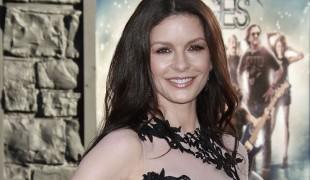 "Catherine Zeta-Jones protagonista della serie ""Queen America"""