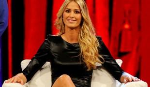 Elena Santarelli su Rai Uno: la showgirl a settembre nel programma Italia Sì