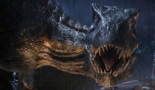 Jurassic World – Il regno distrutto: la recensione di una voragine nell'acqua