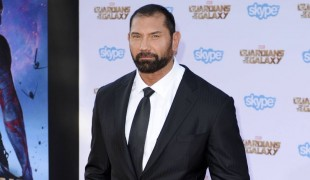 """Gears of War"", Dave Bautista destinato a interpretare Marcus Fenix?"