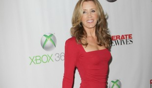 Felicity Huffman di 'Desperate Housewives' rischia 20 anni di carcere per lo scandalo universitario