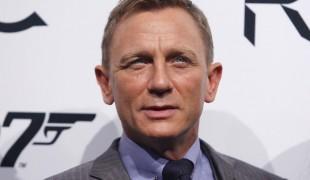 Bond 25, esplosione sul set: ferito un membro della troupe