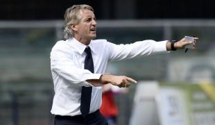 Roberto Mancini: un allenatore con il pallino per la moda. Scopri alcune curiosità