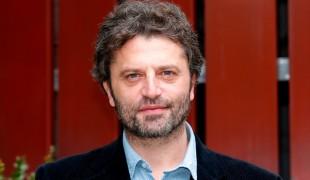 'La stanza', qualche curiosità sul thriller psicologico con Guido Caprino