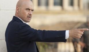 """Il commissario Montalbano chiude, scoppia la protesta: """"Girate almeno Riccardino"""""""