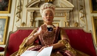 È Bridgerton-mania: Netflix conferma uno spin off sulla regina nera Charlotte