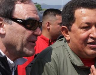 A Sud del Confine - Chavez    L'ultimo Comandante