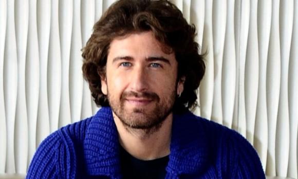 Alessandro Siani non è il suo vero nome: curiosità e film dell'attore di Benvenuti al Sud