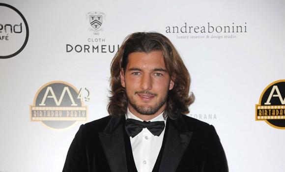 Andrea Preti: da modello a regista, passando per attore. Ecco chi è
