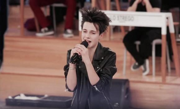 Thomas il cantante più giovane della scuola di Amici16