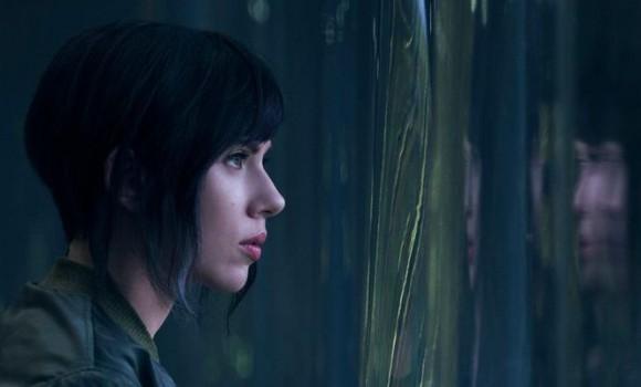 La recensione di Ghost in the Shell che vede protagonista Scarlett Johansson