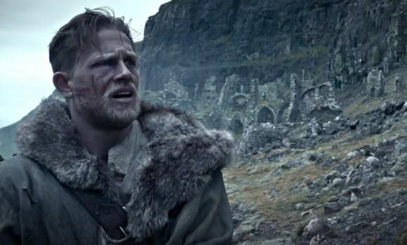 King Arthur, il potere della spada: nuovo spot tv a due giorni dall'uscita italiana
