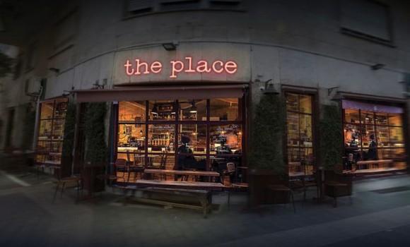 The Place: le immagini ufficiali del nuovo film di Paolo Genovese