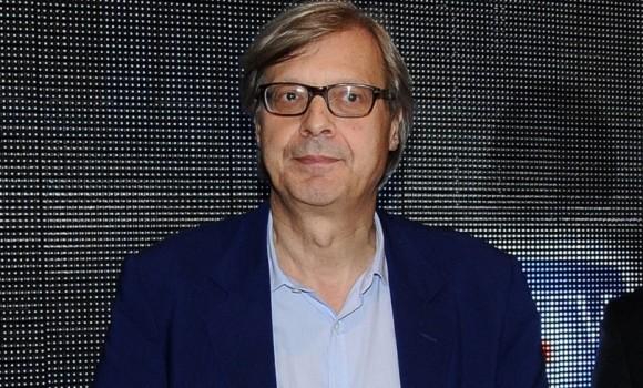 Le Iene Show: Vittorio Sgarbi faccia a faccia con un suo hater e...