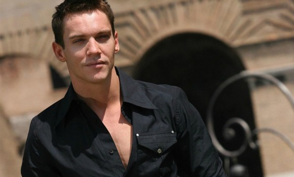 Jonathan Rhys-Meyers e Joely Richardson nella prima immagine del film The Aspern Papers