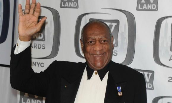 Ensa Cosby, che ha difeso il padre Bill dagli abusi sessuali, muore a 44 anni