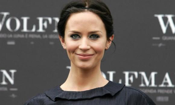 Emily Blunt: la nuova Mary Poppins un tempo soffriva di balbuzie...ora è una grande attrice