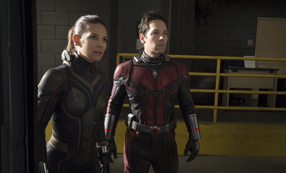 Ant-Man and the Wasp, una foto dal set ci mostra il costume originale dell'eroina