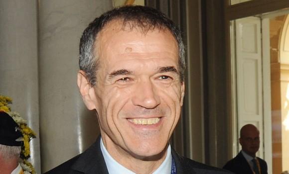 Carlo Cottarelli, il nuovo premier. Ecco chi è Mr. Forbici