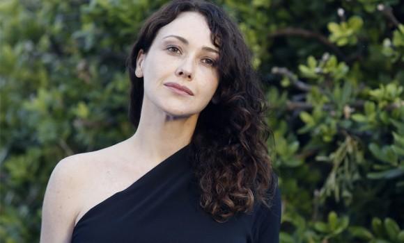 Anita Caprioli: i ruoli e la vita privata dell'attrice piemontese