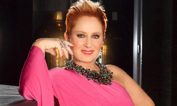 Carolyn Smith, nuova operazione per il tumore al seno: il video-messaggio su Instagram