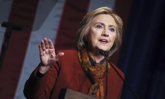 """""""Chasing Hillary"""", la serie TV basata sulla campagne della Clinton raccontate nel libro di Amy Chozick"""