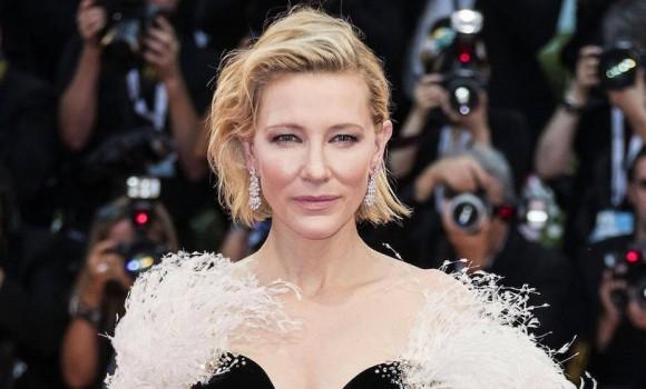 Cate Blanchett sarà la profetessa dei Family Day nella serie tv Mrs. America