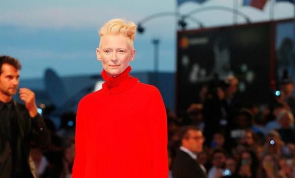Tilda Swinton, la filmografia dell'attrice: da 'Caravaggio' a 'Suspiria'