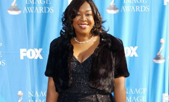 Shonda Rhimes e Matt Reeves a lavoro su 'Recursion' per Netflix: in arrivo serie TV e film