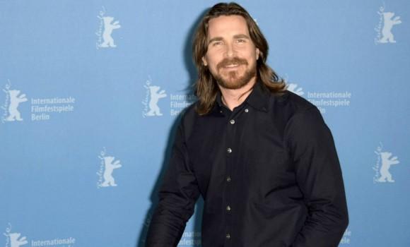Ha paura di essere noioso e non ama la tecnologia, ecco chi è Christian Bale