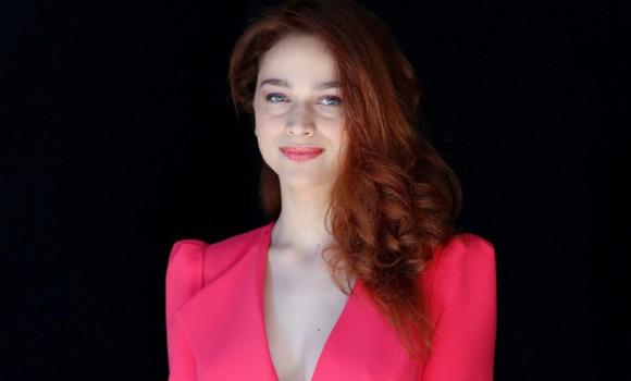 Antonia Fotaras, ecco qualche curiosità sull'attrice della serie 'Il nome della rosa'