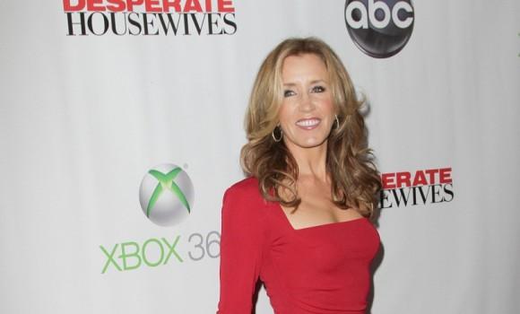"""Ecco chi è Felicity Huffman l'ex star di """"Desperate Housewives"""""""
