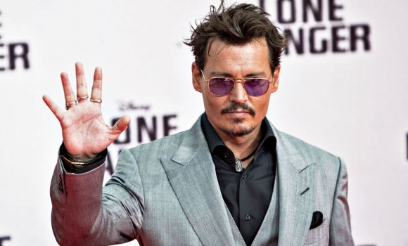 Johnny Depp, il processo per diffamazione contro Amber Heard è stato nuovamente rimandato