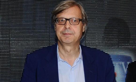 Vittorio Sgarbi, il critico d'arte celebre per le liti in tv