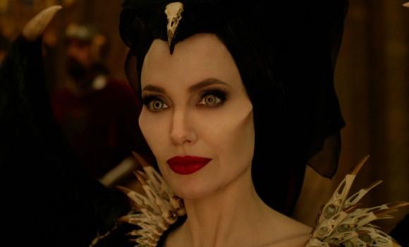 'Maleficent: Signora del Male', ecco il primo trailer del film con Angelina Jolie!
