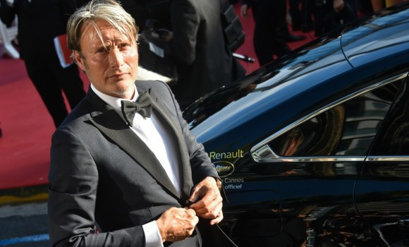 'Animali Fantastici 3': Mads Mikkelsen sarà il nuovo Grindelwald al posto di Johnny Depp?