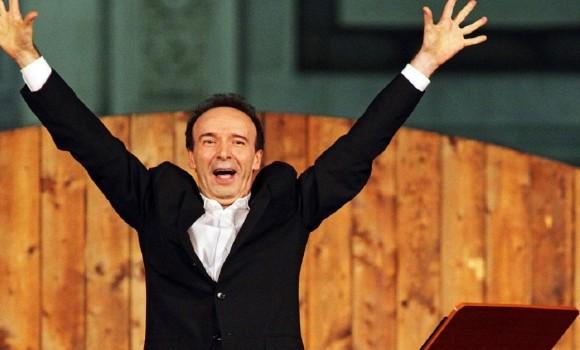 Dantedì 2021, Benigni recita il XXV canto del Paradiso dal Quirinale: la diretta su Rai1