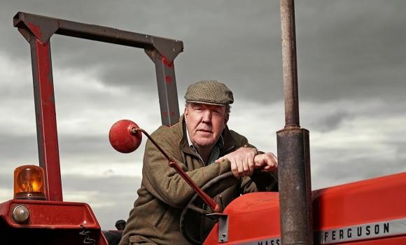 Clarkson's Farm, tutto sulla serie Amazon con Jeremy improbabile contadino
