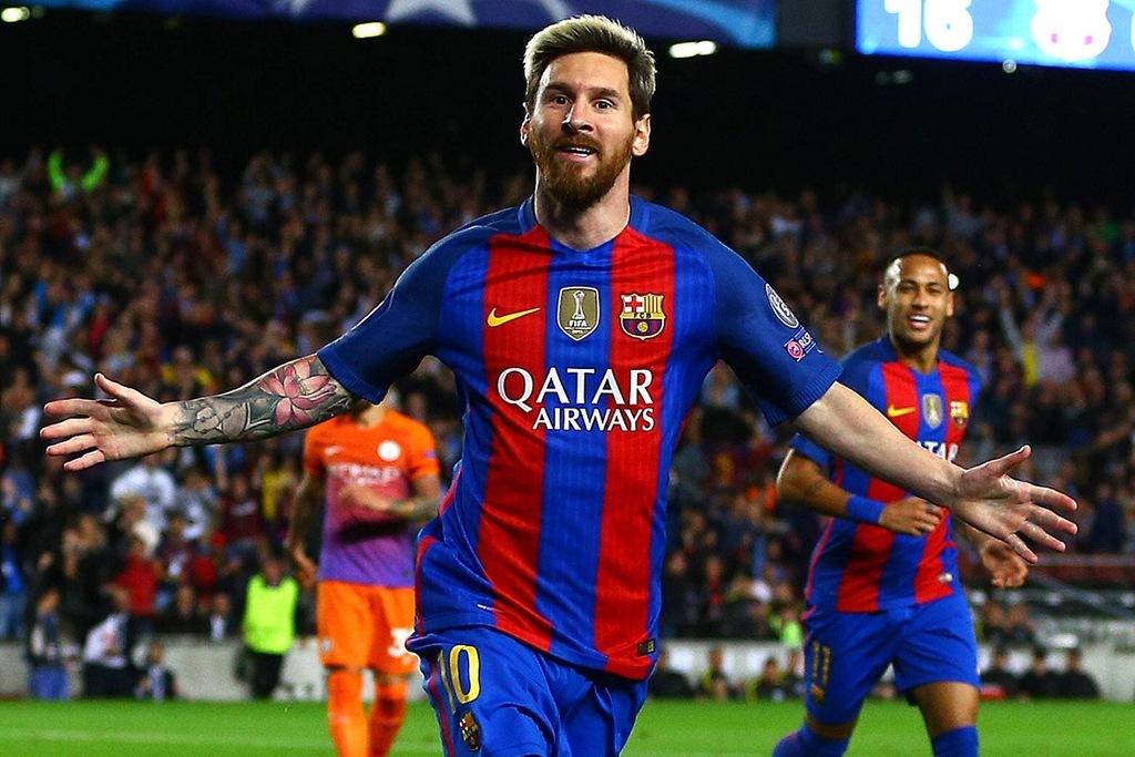 Leo Messi esulta dopo un gol