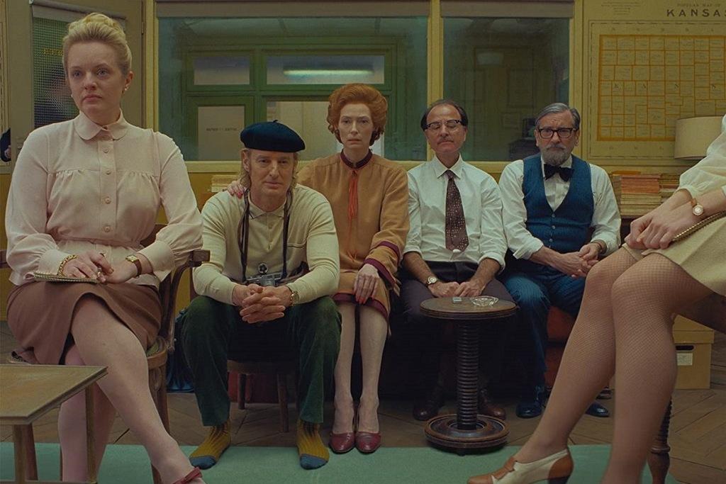 Una scena del film The French Dispatch di Wes Anderson