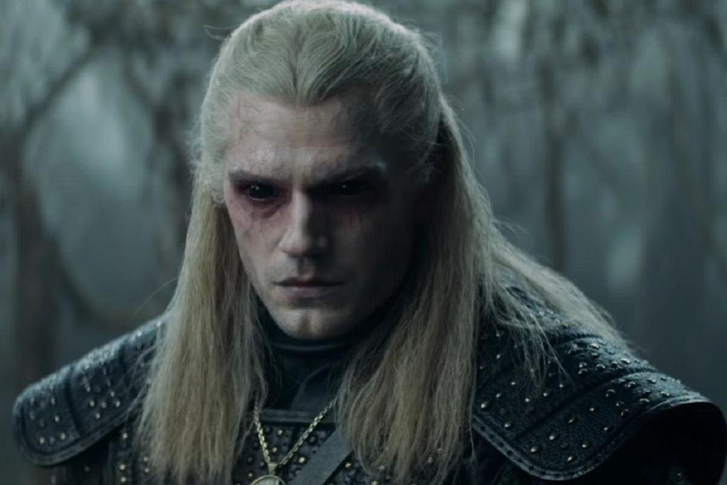 Henry Cavill in una scena della serie Netflix The Witcher