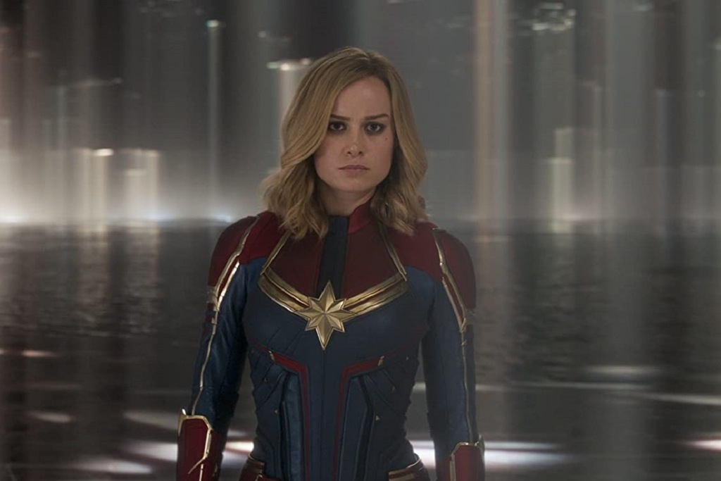 Brie Larson in una scena del film Captain Marvel