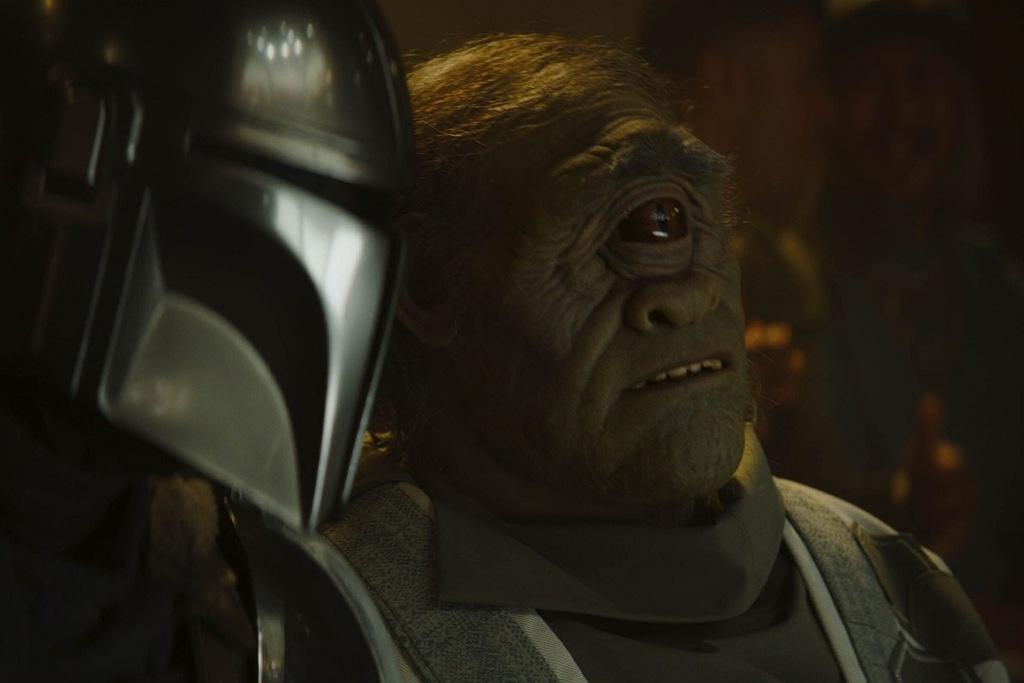 Mando nel trailer ufficiale di The Mandalorian 2